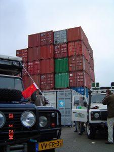 dagboek_20mrt04_verscheping_stapel_containers